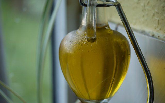 Meglio l'olio o il burro per l'alimentazione dei bambini?