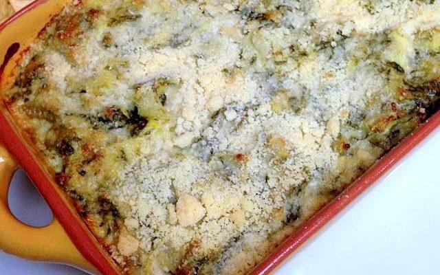 Ecco la cicoria al forno con formaggio per un contorno gustoso
