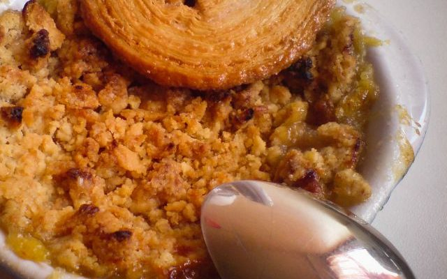 Il crumble di zucca e mele con la ricetta facile