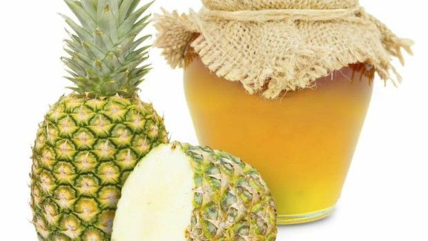 Marmellata di ananas e rosmarino: la ricetta golosa