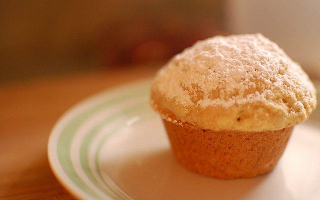 I muffin allo yogurt senza burro con la ricetta veloce