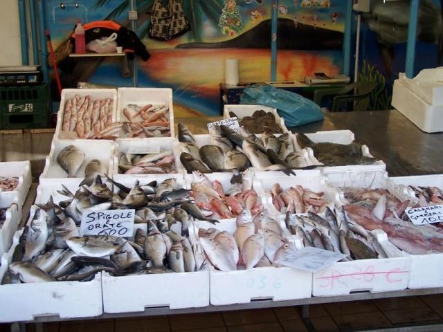 pozzuoli-mercato-del-pesce