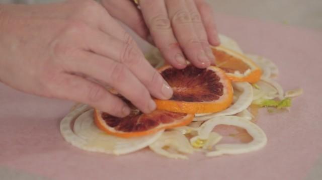 orata al cartoccio - 2 letto di finocchio e arancia