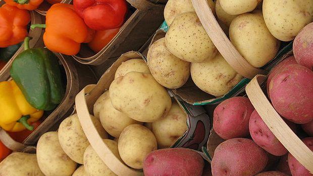 Peperoni e patate in agrodolce per un contorno saporito
