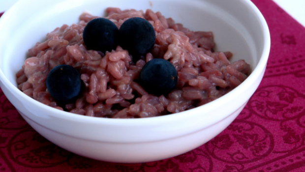 Risotto con uva e salsiccia: la ricetta per un primo piatto sfizioso