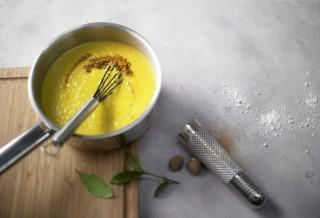 Salsa al curry con panna