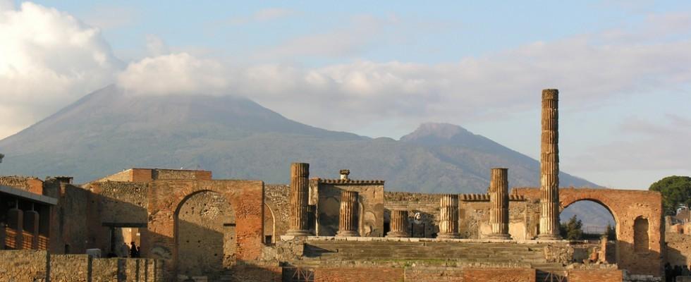 Da Ercolano a Paestum, una gita vulcanica