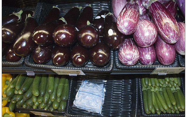 Le zucchine e melanzane in padella per un contorno sano