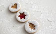 La ricetta dei biscotti di vetro colorato nel Calendario dell'Avvento