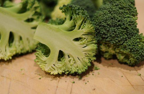 Le polpette ai broccoli e ricotta per un secondo vegetariano