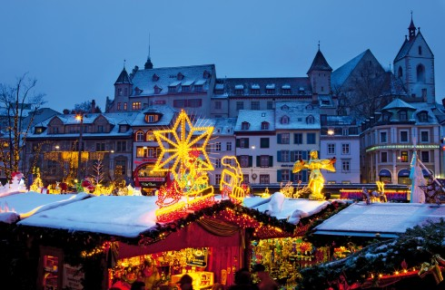 Cioccolata, sidro e pan pepato: viaggio tra i mercatini di Natale in Svizzera