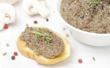 Il patè di funghi con la ricetta da fare in casa