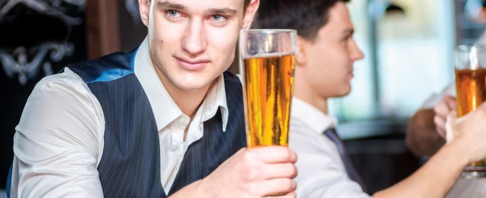 10 frasi da dire per sembrare un esperto di birra