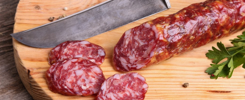 Ritirato salame casereccio per tracce di salmonella
