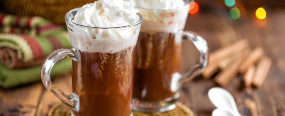 Cioccolata in tazza: 5 varianti per scaldare l'inverno