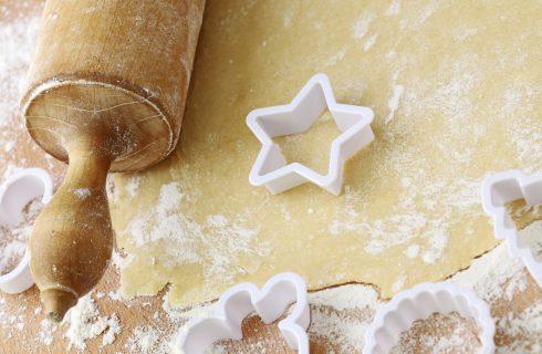 Come fare le stelline di frolla salata per Natale