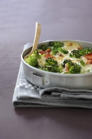 Broccoli gratinati al forno con scamorza