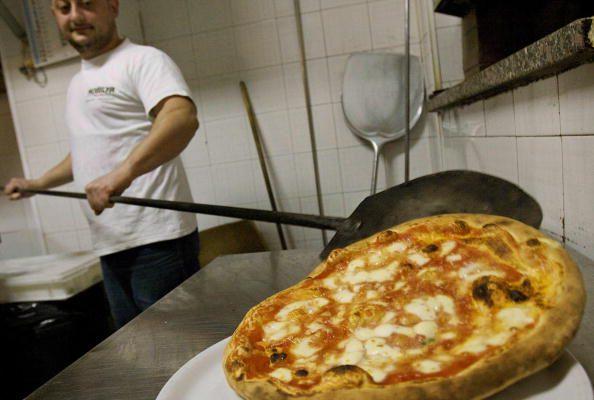 La pizza come patrimonio dell'Umanità? La petizione di Pecoraro Scanio
