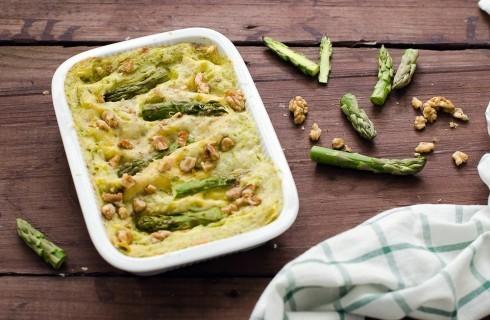 Lasagne con asparagi e besciamella