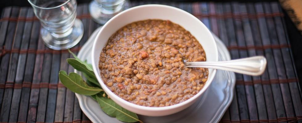 Minestra di lenticchie al pomodoro