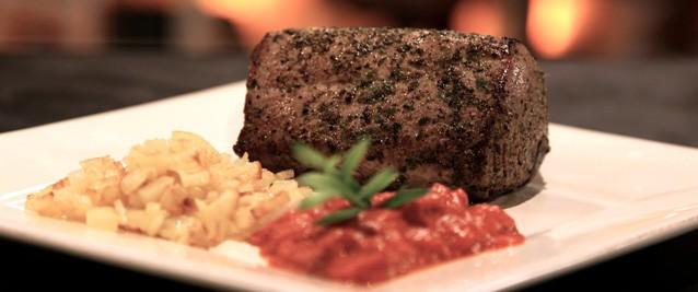 Arrosto di tonno: la ricetta gustosa dello chef Alessandro Borghese