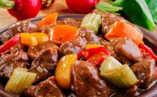 Goulash: la ricetta gustosa dello chef Alessandro Borghese