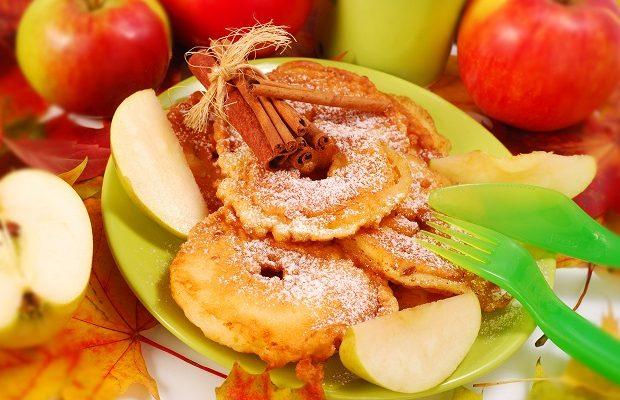 Come fare le frittelle di mele vegan per il Carnevale