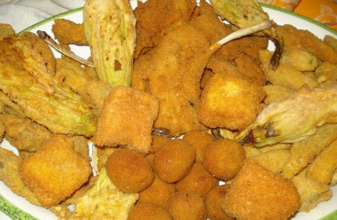 Fritto misto all'ascolana: celebrare il cibo