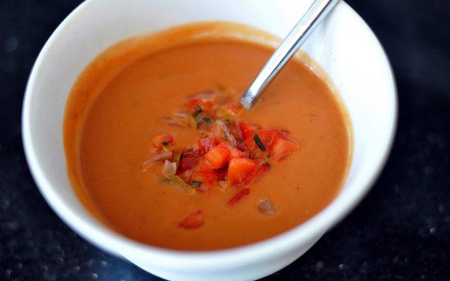 Gazpacho di barbabietole rosse: la ricetta sfiziosa