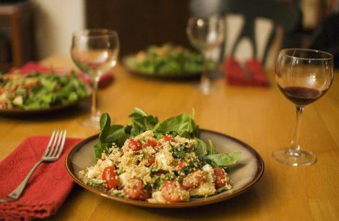 Samantha Cristoforetti e il cibo nello spazio: insalata di quinoa con sgombro