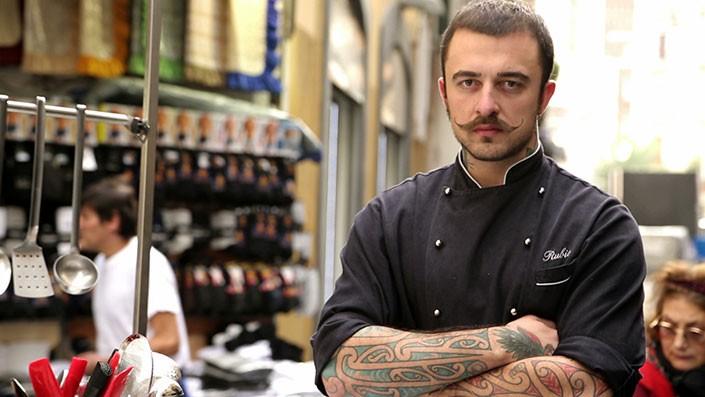 Chi è Chef Rubio, la biografia dello chef più simpatico della TV