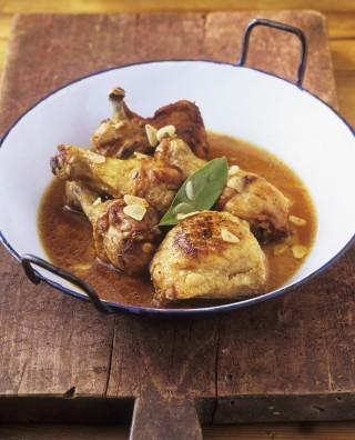Pollo all'aglio alla spagnola
