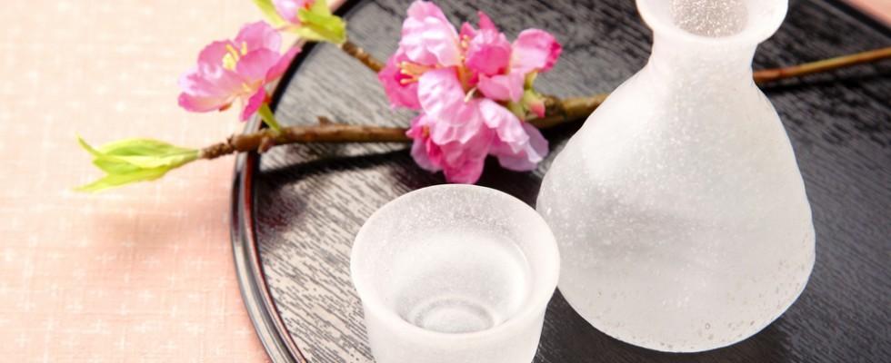 Tradizioni millenarie: come si fa il sake e come si beve