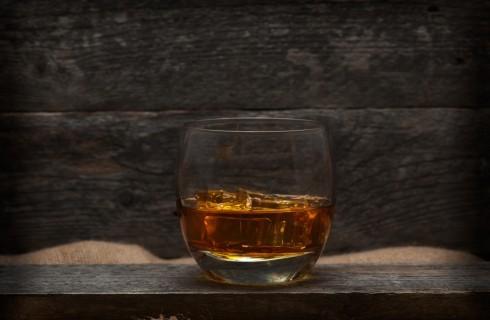 Differenze fondamentali: whisky o whiskey?