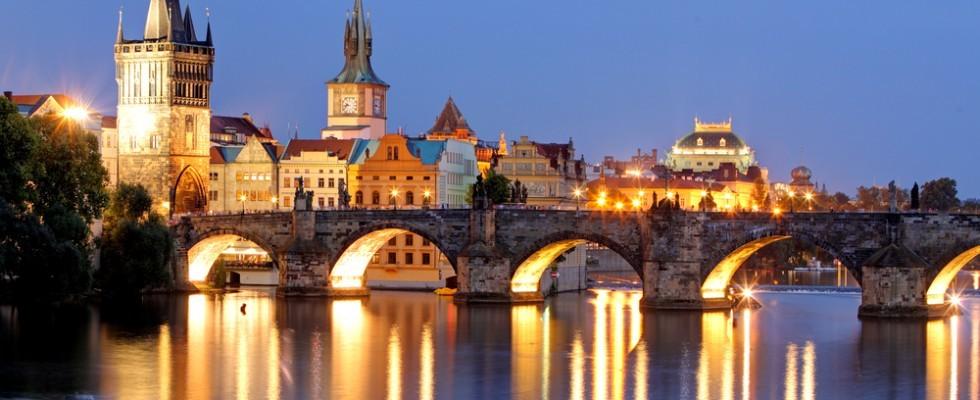 Praga: 5 locali perfetti dove bere birra e mangiare bene