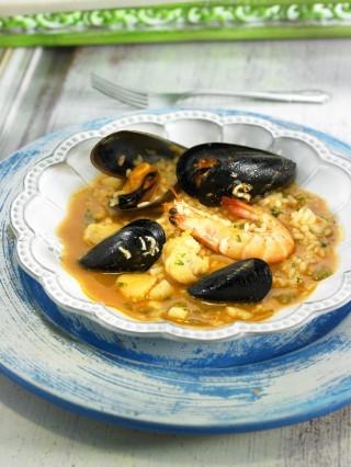 Minestra di riso spagnola: arroz caldoso