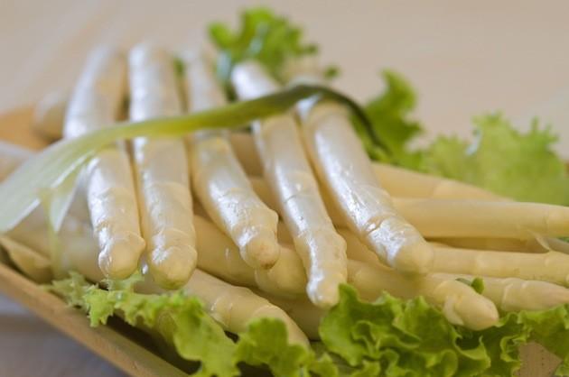 asparagi bianchi di fossalon