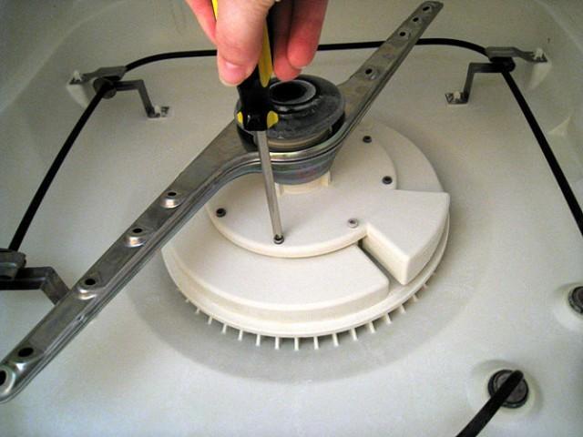 Come pulire la lavastoviglie in modo naturale agrodolce for Kitchenaid lavastoviglie