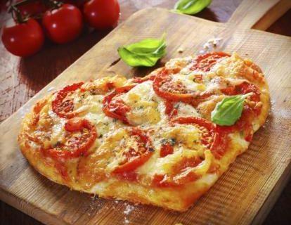 Come fare la pizza a cuore di San Valentino