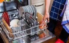 Come si pulisce la lavastoviglie?
