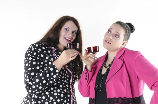 donne brindisi alcol liquore