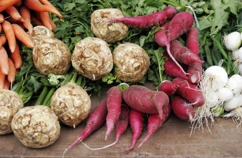 12 radici, rizomi e tuberi che dovresti mangiare più spesso