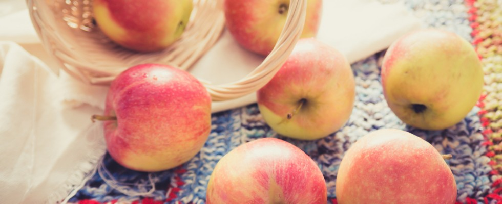 Indovinello: sapete riconoscere tutte queste mele?
