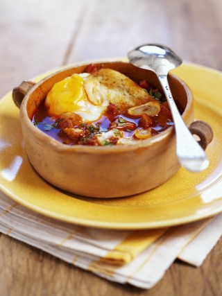Zuppa di aglio castigliana
