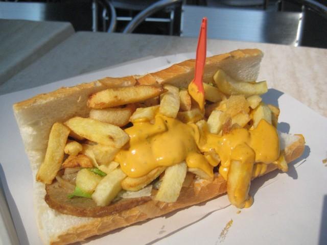 Mitraillette_(fast_food)