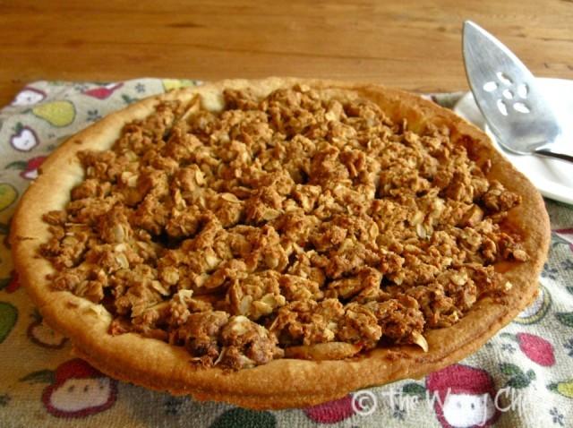 Peanut butter apple pie