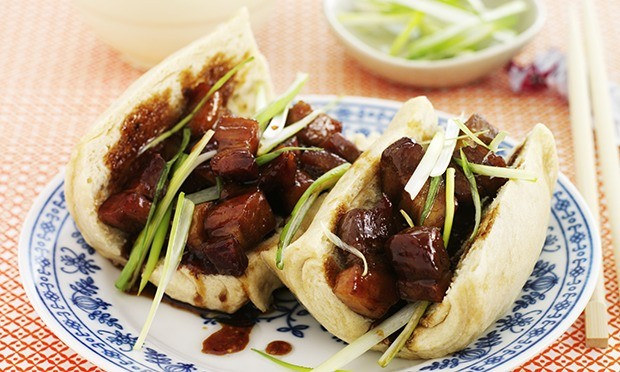 Pork belly mantou