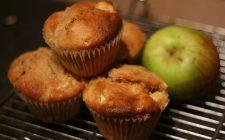 I muffin di mele e cannella da preparare in casa per la merenda