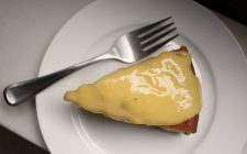 La torta ai mandarini e noci con la ricetta veloce