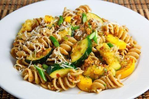 pasta zucchine e ragù